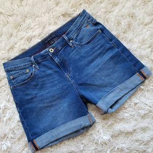 Tommy Hilfiger cuffed mid-rise blue denim shorts